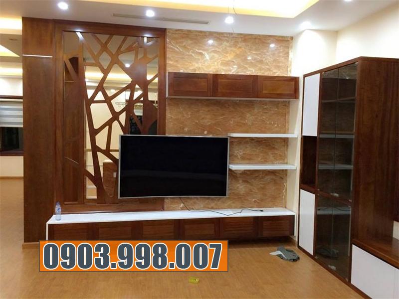 Kệ gỗ trang trí phòng khách đẹp và tiện ích.