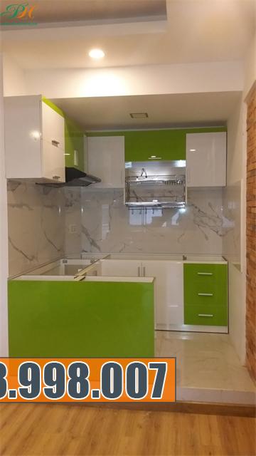 Tủ bếp Acrylic bóng gương đẹp và siêu bền cho ngôi nhà của bạn